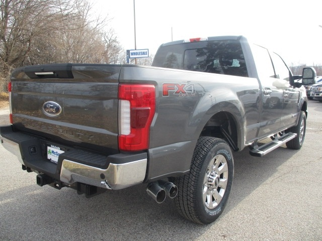 2019 F-250 Crew Cab 4x4,  Pickup #F190120 - photo 2