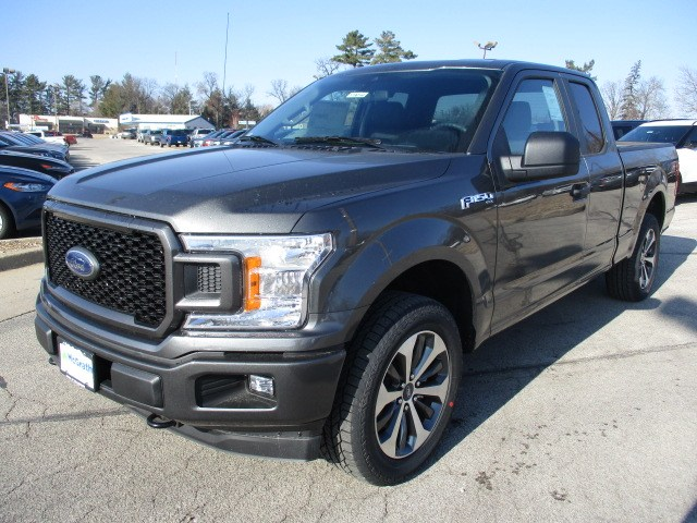 2019 F-150 Super Cab 4x4,  Pickup #F190144 - photo 4