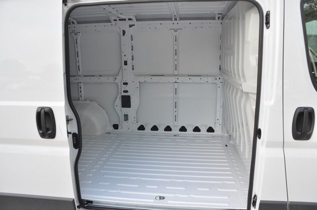 2018 ProMaster 1500 Standard Roof FWD,  Empty Cargo Van #8R1014 - photo 33