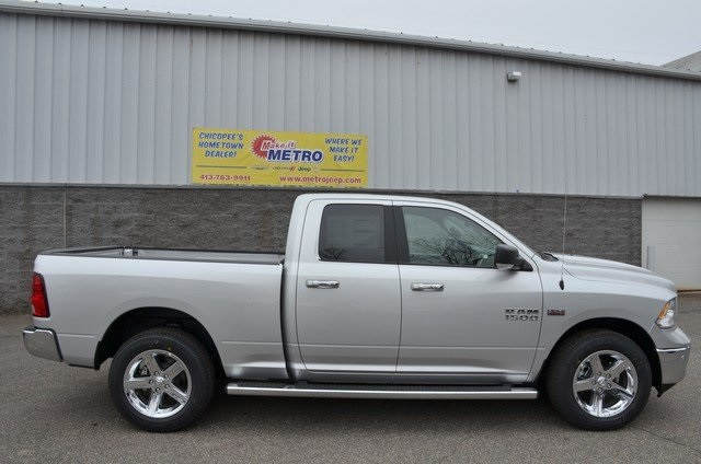 2018 Ram 1500 Quad Cab 4x4,  Pickup #8R136 - photo 9