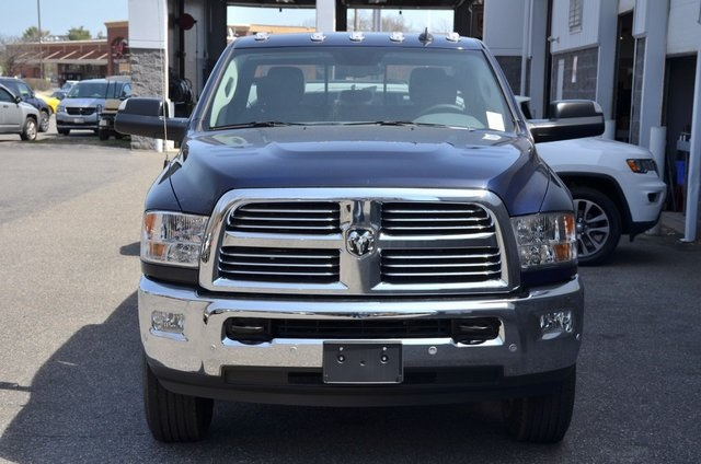 2018 Ram 3500 Crew Cab 4x4,  Pickup #8R156 - photo 4