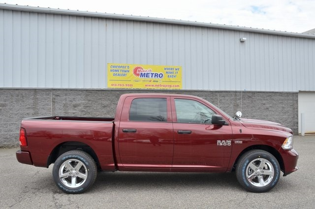 2018 Ram 1500 Crew Cab 4x4,  Pickup #8R158 - photo 9