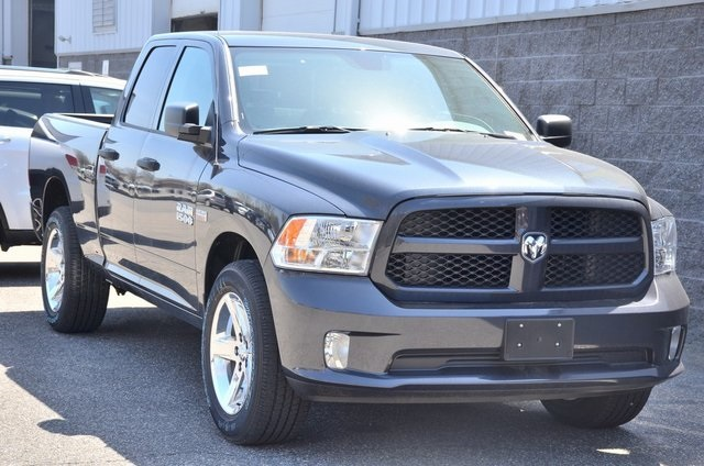 2018 Ram 1500 Quad Cab 4x4,  Pickup #8R259 - photo 3