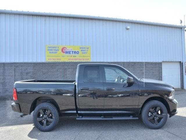 2018 Ram 1500 Quad Cab 4x4, Pickup #8R271 - photo 9