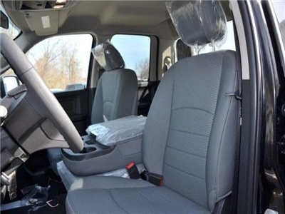 2018 Ram 1500 Quad Cab 4x4, Pickup #8R271 - photo 17