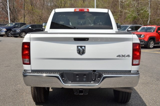 2018 Ram 3500 Crew Cab 4x4,  Pickup #8R321 - photo 8