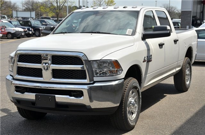 2018 Ram 3500 Crew Cab 4x4,  Pickup #8R321 - photo 5