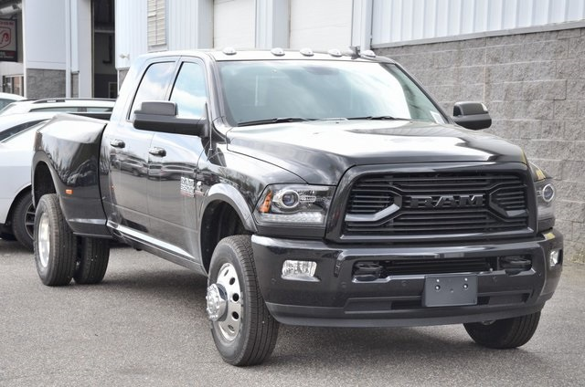 2018 Ram 3500 Mega Cab DRW 4x4, Pickup #8R360 - photo 3