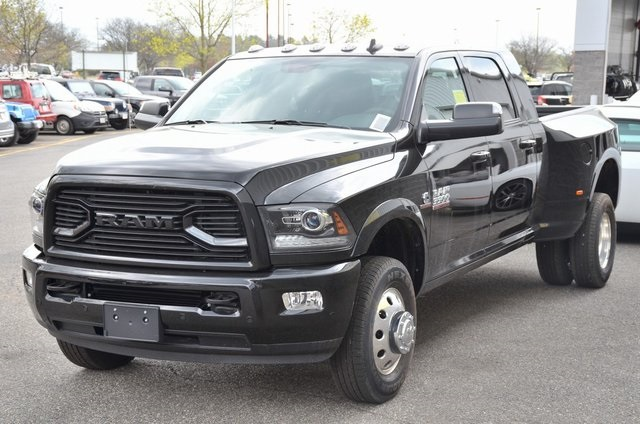2018 Ram 3500 Mega Cab DRW 4x4, Pickup #8R360 - photo 5
