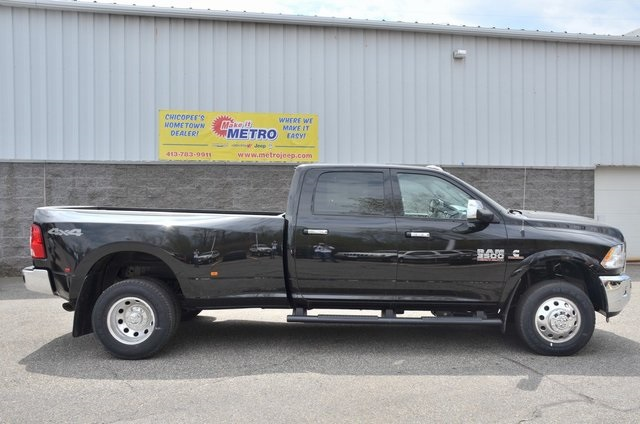 2018 Ram 3500 Crew Cab DRW 4x4, Pickup #8R361 - photo 9
