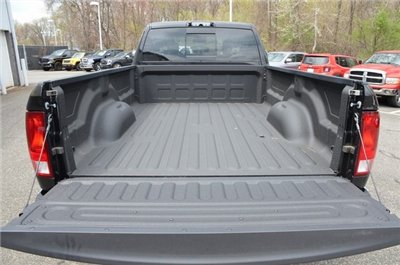 2018 Ram 3500 Crew Cab DRW 4x4,  Pickup #8R361 - photo 35