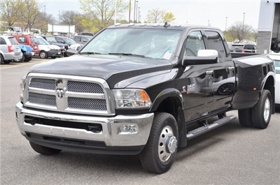 2018 Ram 3500 Crew Cab DRW 4x4,  Pickup #8R361 - photo 5