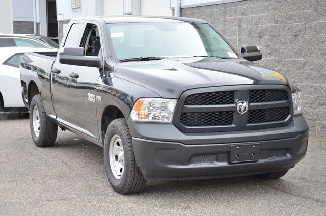 2018 Ram 1500 Quad Cab 4x4, Pickup #8R441 - photo 3