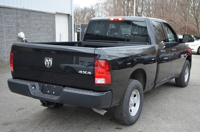 2018 Ram 1500 Quad Cab 4x4, Pickup #8R441 - photo 2