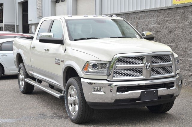2018 Ram 2500 Crew Cab 4x4,  Pickup #8R444 - photo 3