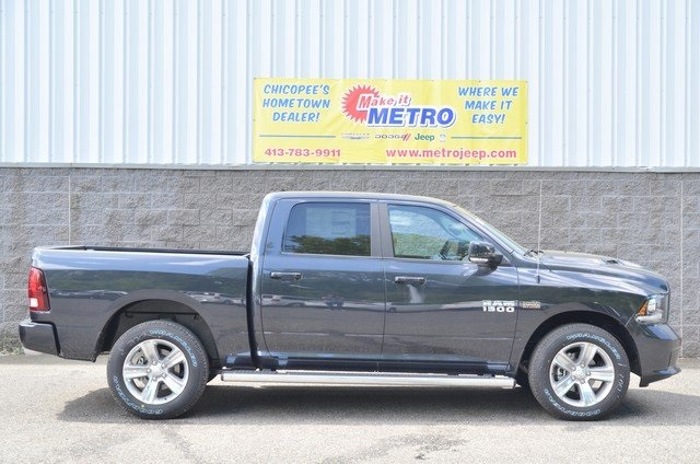 2018 Ram 1500 Crew Cab 4x4,  Pickup #8R655 - photo 1