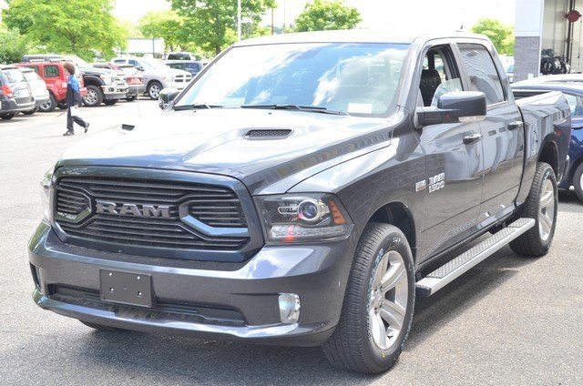2018 Ram 1500 Crew Cab 4x4,  Pickup #8R655 - photo 5