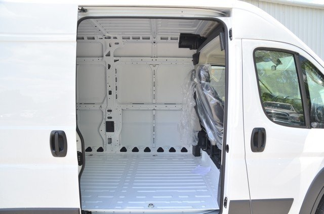 2018 ProMaster 2500 High Roof,  Empty Cargo Van #8R721 - photo 33