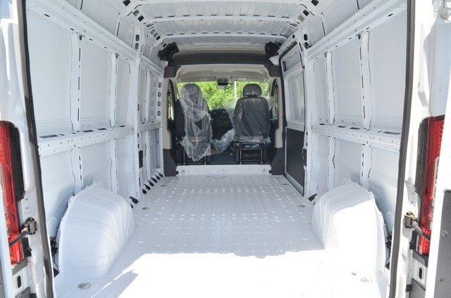 2018 ProMaster 2500 High Roof,  Empty Cargo Van #8R721 - photo 2