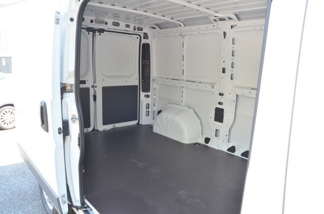 2018 ProMaster 1500 Standard Roof FWD,  Empty Cargo Van #8R732 - photo 33