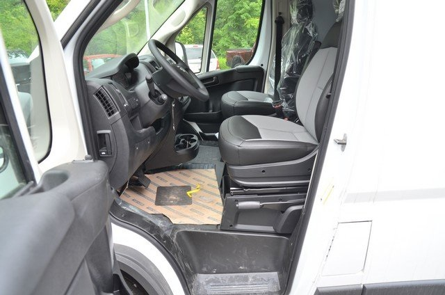 2018 ProMaster 1500 Standard Roof FWD,  Empty Cargo Van #8R733 - photo 18