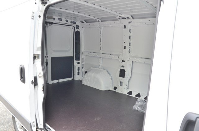 2018 ProMaster 1500 Standard Roof FWD,  Empty Cargo Van #8R733 - photo 34