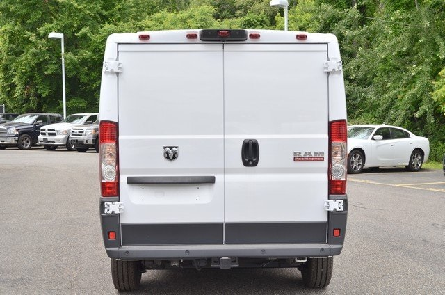 2018 ProMaster 1500 Standard Roof FWD,  Empty Cargo Van #8R733 - photo 8