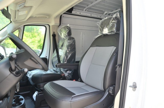2018 ProMaster 2500 High Roof,  Empty Cargo Van #8R735 - photo 19