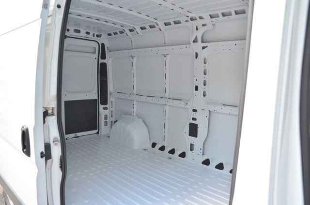 2018 ProMaster 2500 High Roof,  Empty Cargo Van #8R735 - photo 33