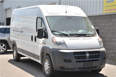 2018 ProMaster 2500 High Roof 4x2,  Empty Cargo Van #8R735 - photo 3
