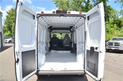 2018 ProMaster 2500 High Roof 4x2,  Empty Cargo Van #8R735 - photo 2