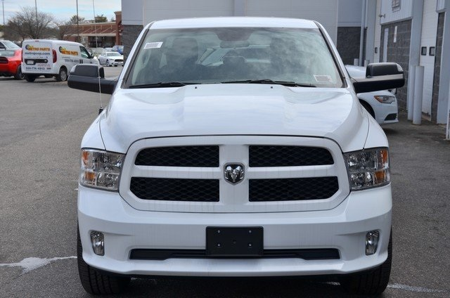 2018 Ram 1500 Quad Cab 4x4, Pickup #8R98 - photo 4