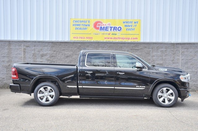 2019 Ram 1500 Crew Cab 4x4, Pickup #9R34 - photo 3