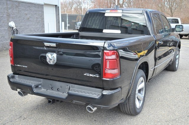 2019 Ram 1500 Crew Cab 4x4, Pickup #9R34 - photo 8