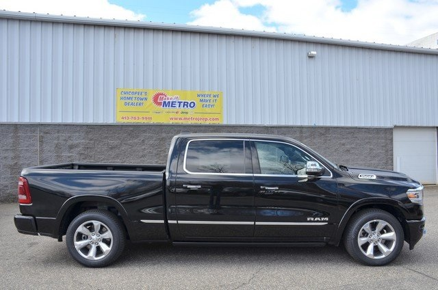 2019 Ram 1500 Crew Cab 4x4, Pickup #9R34 - photo 9