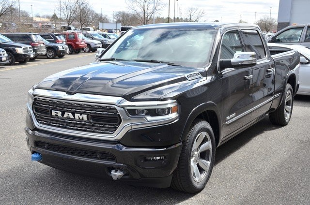 2019 Ram 1500 Crew Cab 4x4,  Pickup #9R34 - photo 5