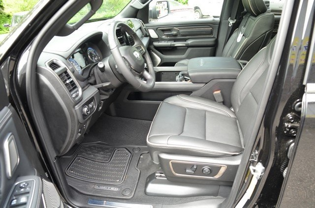 2019 Ram 1500 Crew Cab 4x4,  Pickup #9R62 - photo 18