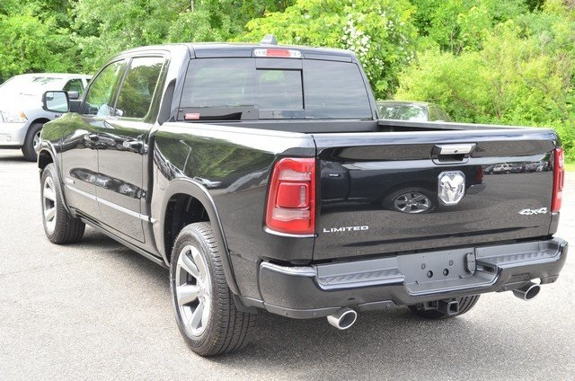 2019 Ram 1500 Crew Cab 4x4,  Pickup #9R62 - photo 8