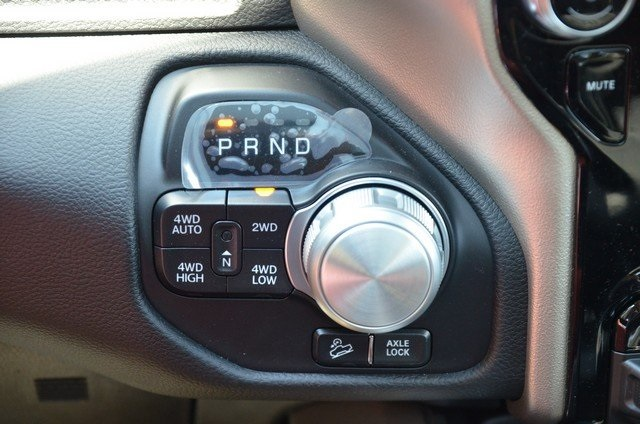 2019 Ram 1500 Crew Cab 4x4,  Pickup #9R67 - photo 33