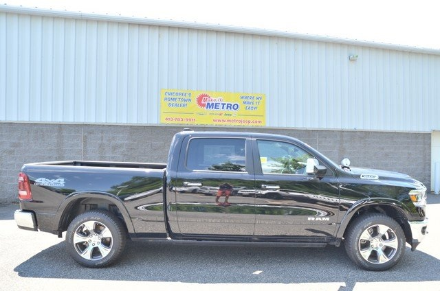 2019 Ram 1500 Crew Cab 4x4,  Pickup #9R67 - photo 9