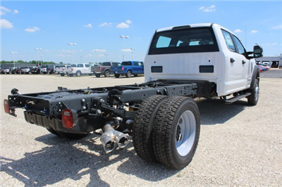2018 F-550 Crew Cab DRW 4x4,  Cab Chassis #MT18277 - photo 2