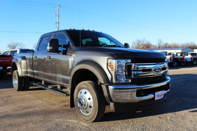 2019 F-450 Crew Cab DRW 4x4,  Pickup #MT1955 - photo 3