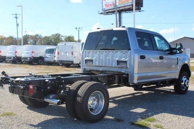 2020 Ford F-350 Crew Cab DRW 4x4, Cab Chassis #MT20663 - photo 1
