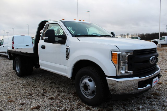 2017 F-350 Regular Cab DRW, Knapheide Platform Body #T17231 - photo 3