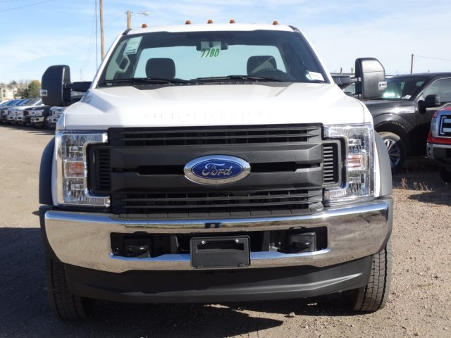 2017 F-550 Regular Cab DRW 4x4 Cab Chassis #HEF14677 - photo 3