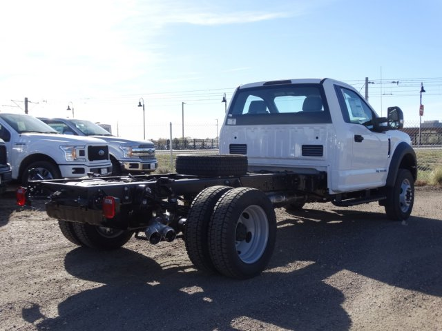 2017 F-550 Regular Cab DRW 4x4 Cab Chassis #HEF14677 - photo 2