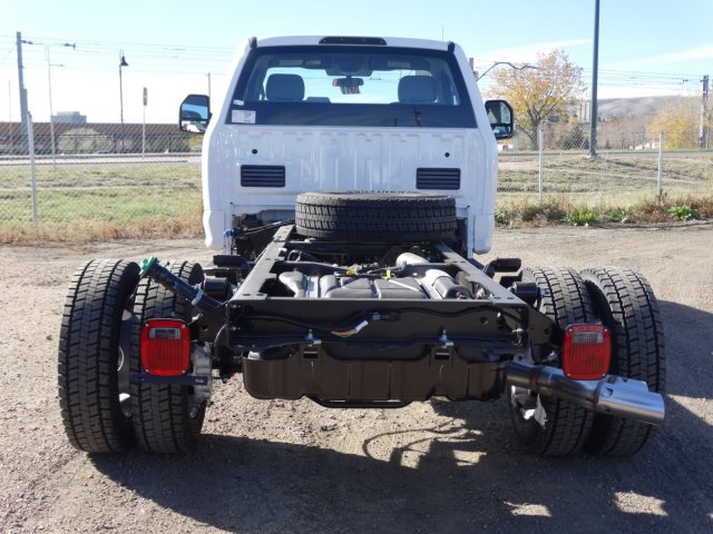 2017 F-550 Regular Cab DRW 4x4 Cab Chassis #HEF14677 - photo 5