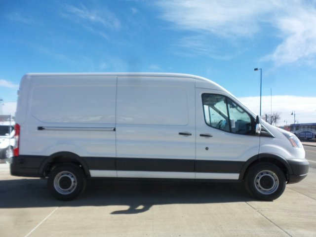 2018 Transit 250 Med Roof,  Empty Cargo Van #JKA31687 - photo 4