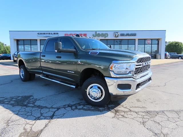 2021 Ram 3500 Crew Cab DRW 4x4, Pickup #G617720 - photo 1