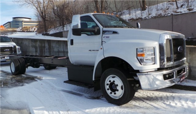 2018 F-650 Regular Cab DRW, Cab Chassis #F82001 - photo 3